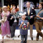 Disney Stores Celebrate Grand Reopening of The Glendale Galleria & More! #Disney #Disneystore