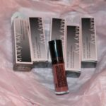 Looking Good In Mary Kay NouriShine Plus Lip Gloss! #Review & #Giveaway-CLOSED!