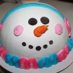 Baskin-Robbins Makes Some Amazing Holiday Cakes & Treats!