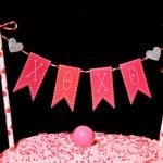 DIY Valentine's Day Cake Bunting Decoration!