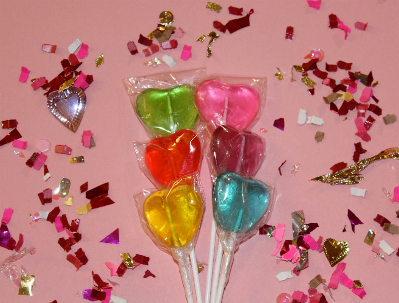 The Confetti Bar Is The Queen of Confetti! #DandCMondays