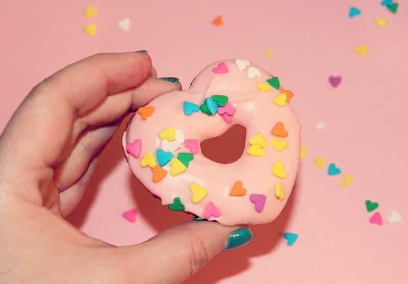 heart-pink-champagne-donuts-6