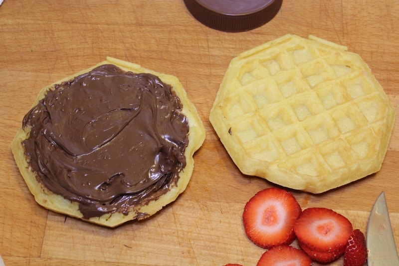 waffle-sandwich-smores-2