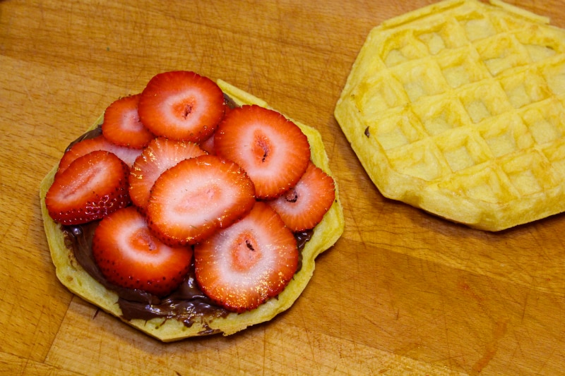 waffle-sandwich-smores-4