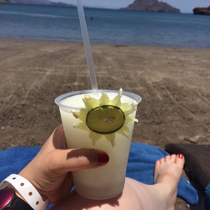 drinks-on beach