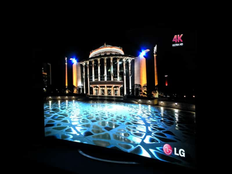 LG-OLED-4k-TV-1