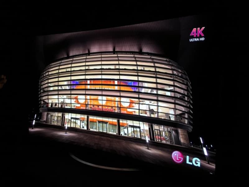LG-OLED-4k-TV-2