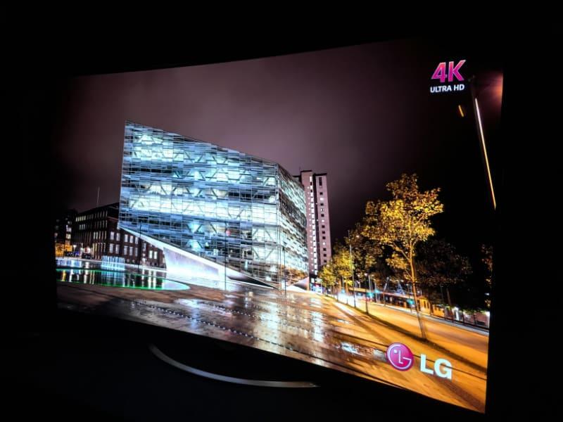 LG-OLED-4k-TV-3