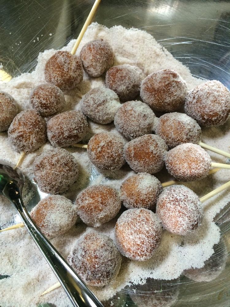 La-Lechera-Zepoles-Donuts