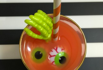 Scary Skele-tini-drink
