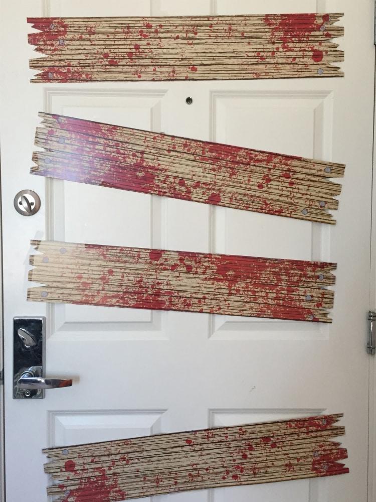 Zombie-Halloween-House-2