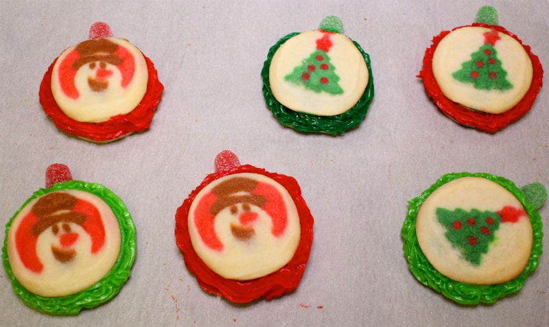 Christmas-Pinata-Sugar-Cookie-complete
