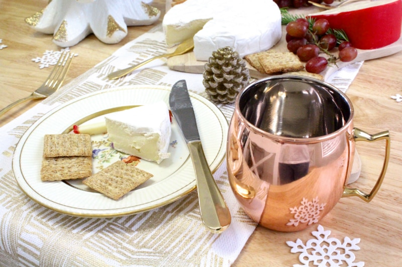 DIY-Holiday-Cheese-Board-4