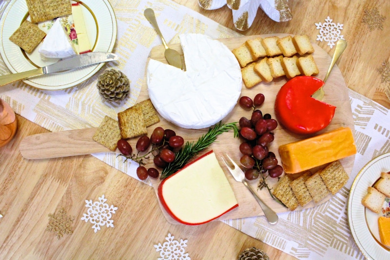 DIY-Holiday-Cheese-Board-main