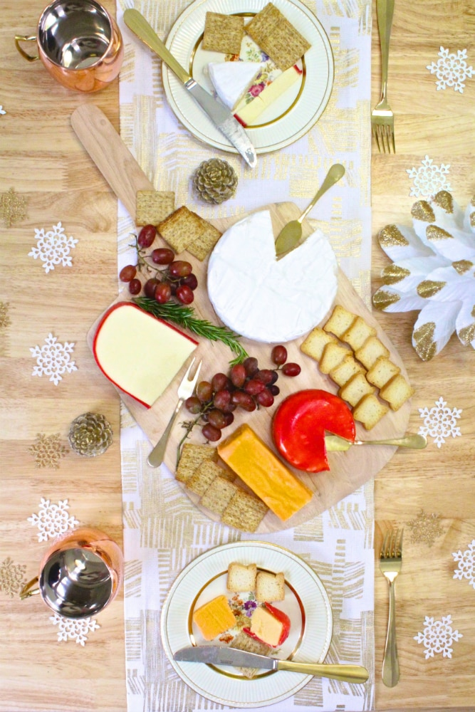 DIY-Holiday-Cheese-Board