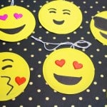 Easy DIY Emoji Holiday Gift Tags!