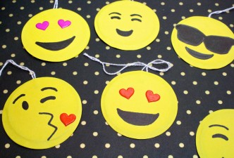 DIY-EMOJI-GIFTAGS