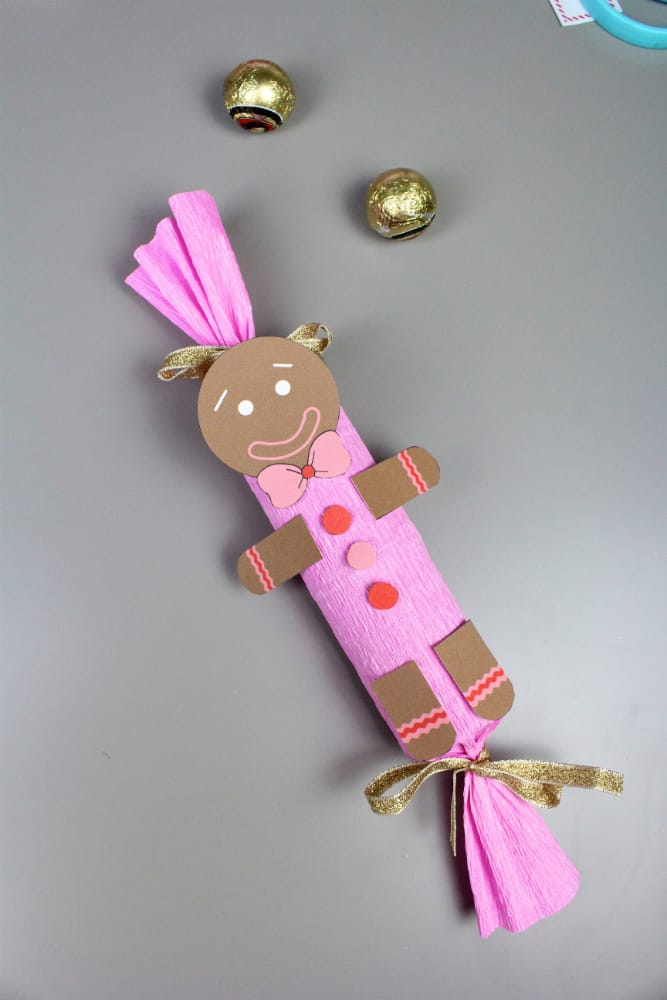 DIY-Gingerbread Man-Holiday-Poppers