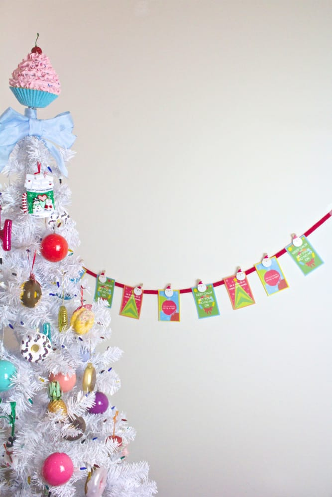 DIY-HOLIDAY-BANNER-2