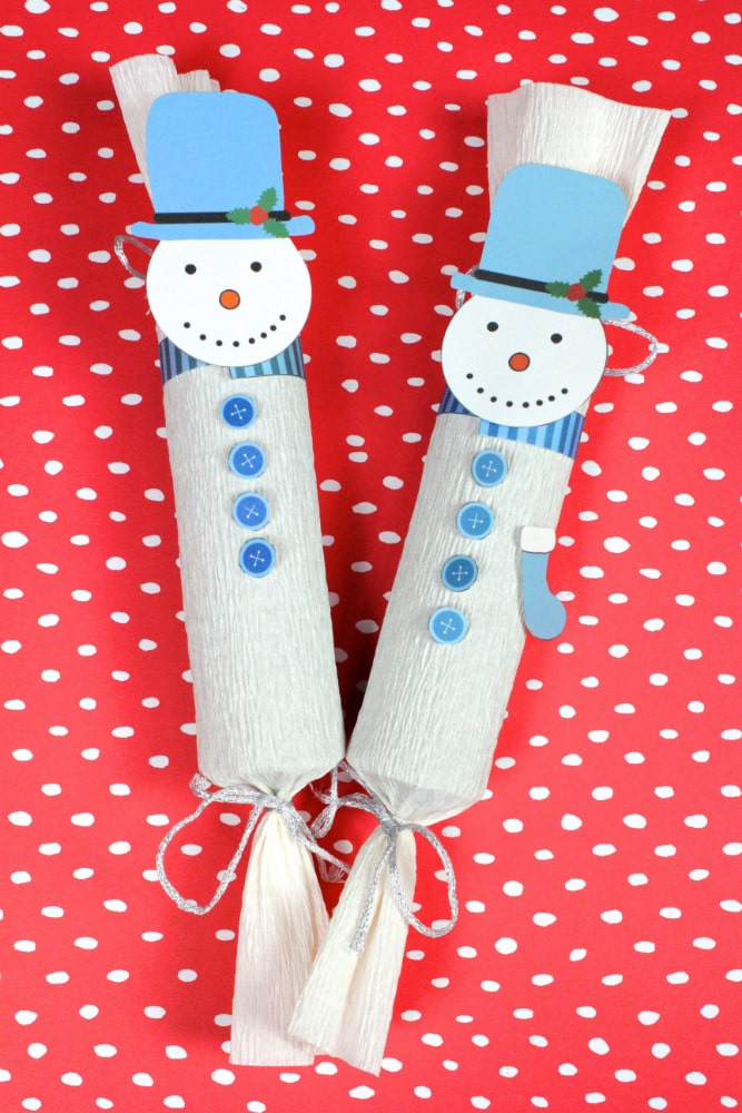 DIY-Snowman-Holiday-Poppers