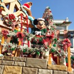 Spend The Holidays At The Disneyland Resort!