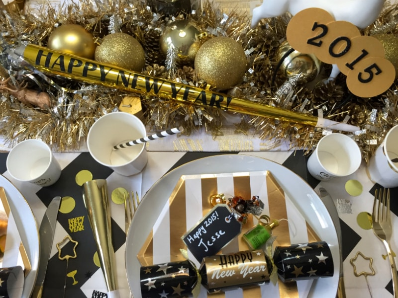 New-Years-Eve-Dinner-Decor-7
