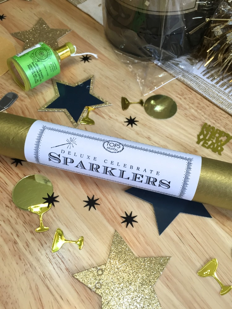New-Years-Eve-Dinner-Decor-Sparklers