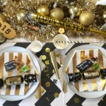 A Festive New Years Eve Dinner Table Setting Idea!
