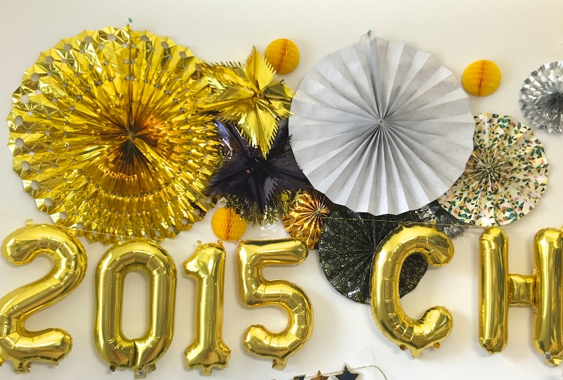 New-Years-Eve-Party-Decor-Idea-Fans