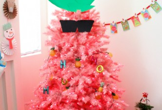 Pink-Pineapple-Christmas-Tree-2