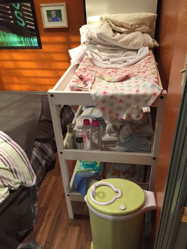 Baby-Daddy-Set-Visit-24