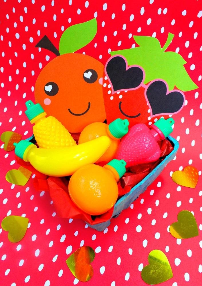 DIY-Fruit-Valentine-Strawberry
