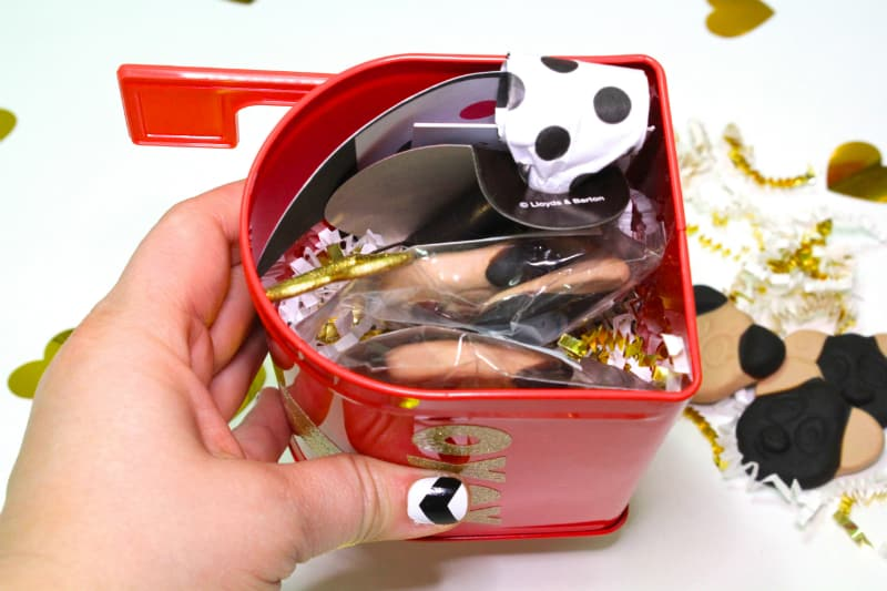 Panda Valentines DAY BOX