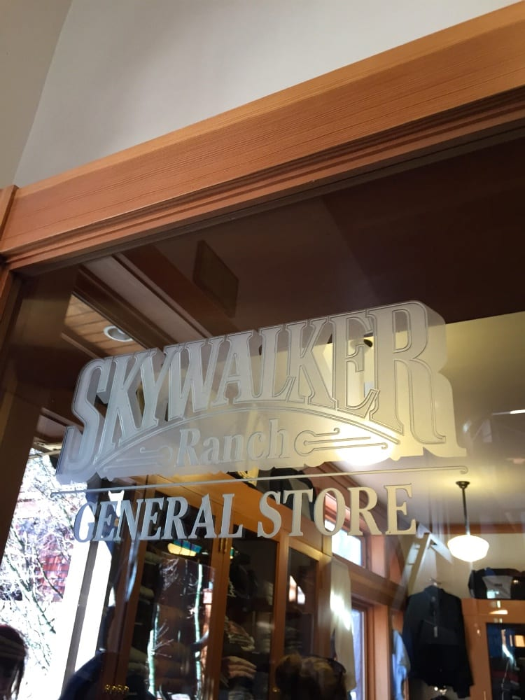 SKYWALKER-RANCH-STORE