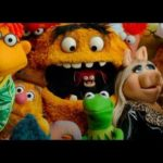 New trailer for THE MUPPETS & Miss Piggy InStyle Magazine shoot!