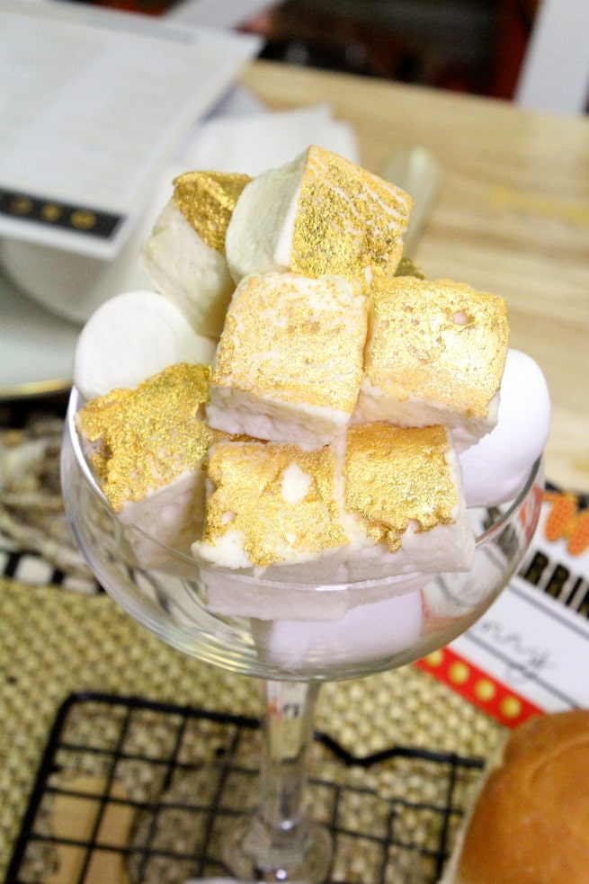 DIY-Awards-Night-Oscar-Party-Champagne-Marshmallows