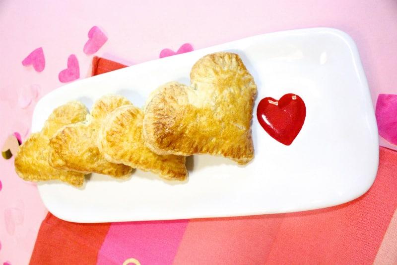 Heart-Empanadas-Pastelillos-1
