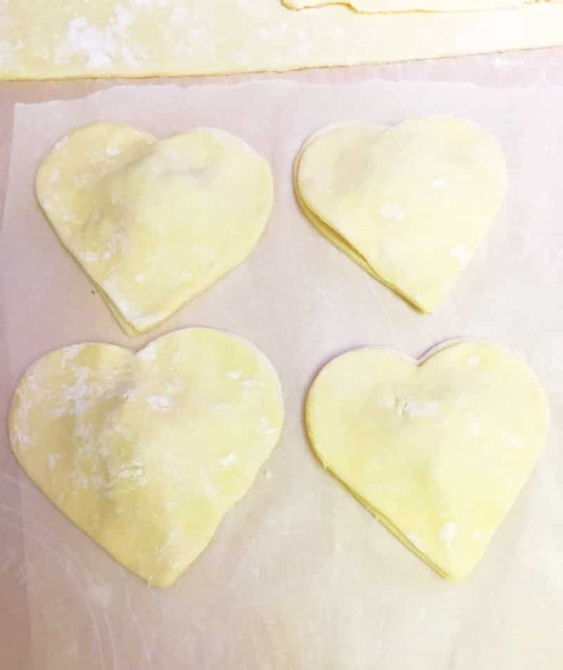 Heart-Empanadas-Pastelillos-Step-4