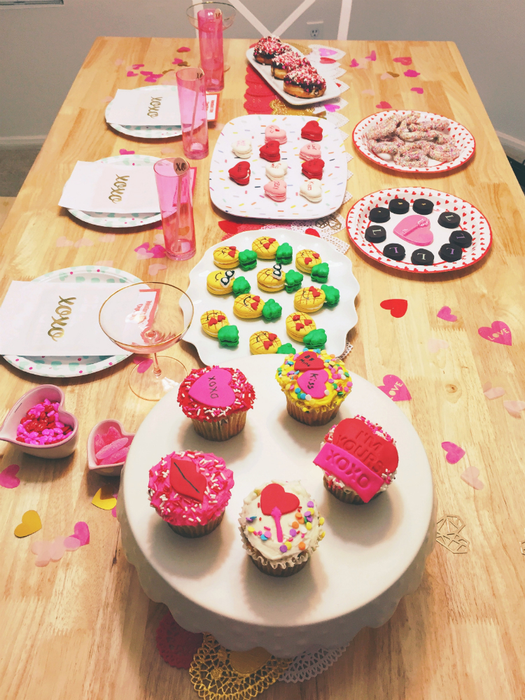 ValentineS-Day-Sweets-Buffet