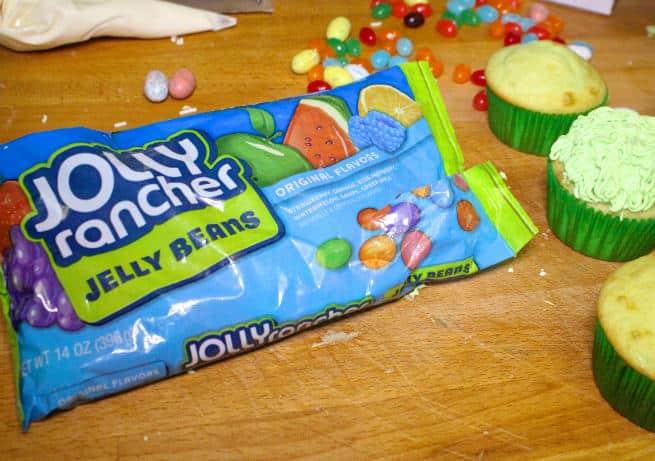 Cadbury-Creme-Egg-Candy-Bunny-Cupcakes-Step-6