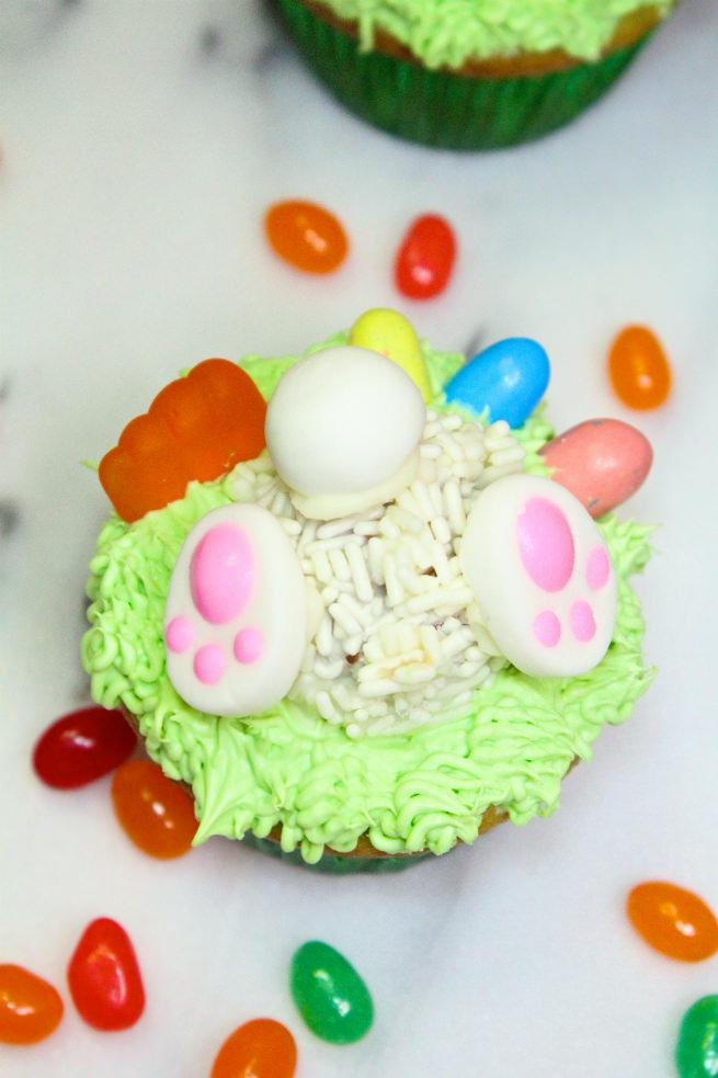 Cadbury-Creme-Egg-Candy-Easter-Bunny-Cupcakes-1