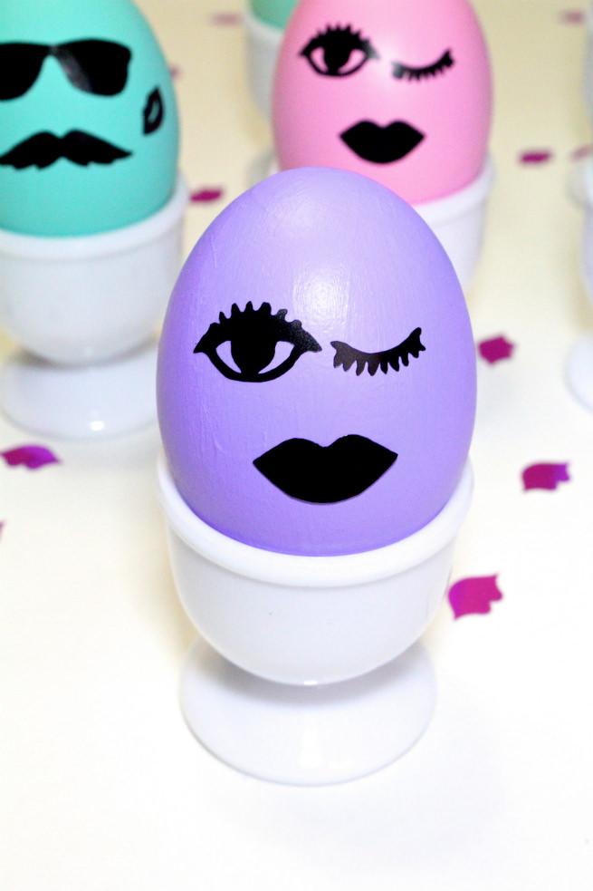 DIY-Kiss-Kiss-Wink-Wink-Easter-Eggs-purple
