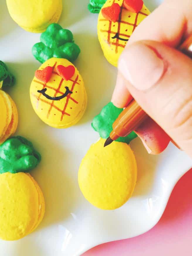 DIY-LOVE-Pineapple-Step-1