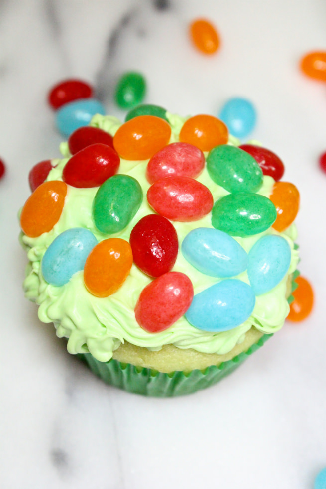 Jelly-Bean-Easter-Cupcakes