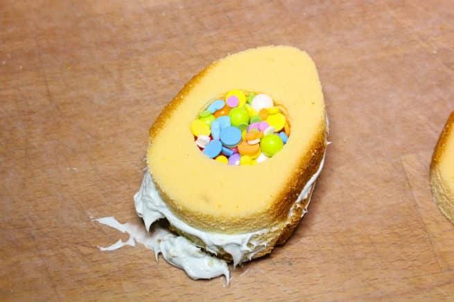 Mini-Easter-Egg -Pinata-Cakes-Step-10
