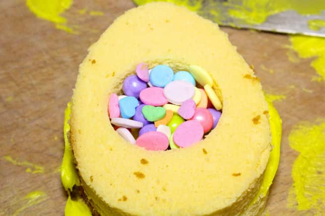 Mini-Easter-Egg -Pinata-Cakes-Step-8