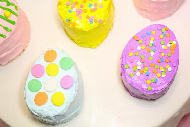 No-Bake-Mini-Easter-Egg -Pinata-Cakes-5