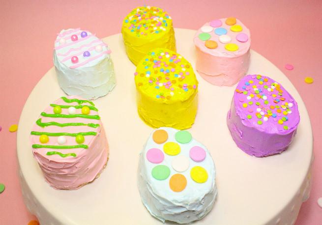 No-Bake-Mini-Easter-Egg -Pinata-Cakes-Main