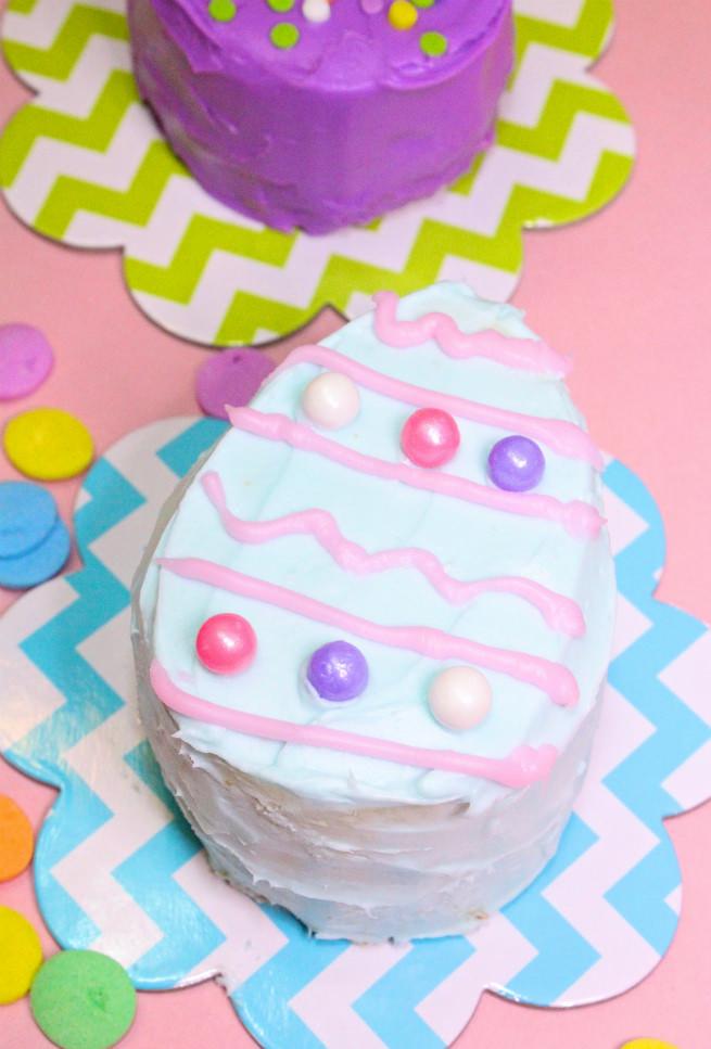 No-Bake-Mini-Easter-Egg -Pinata-Cakes-Recipe