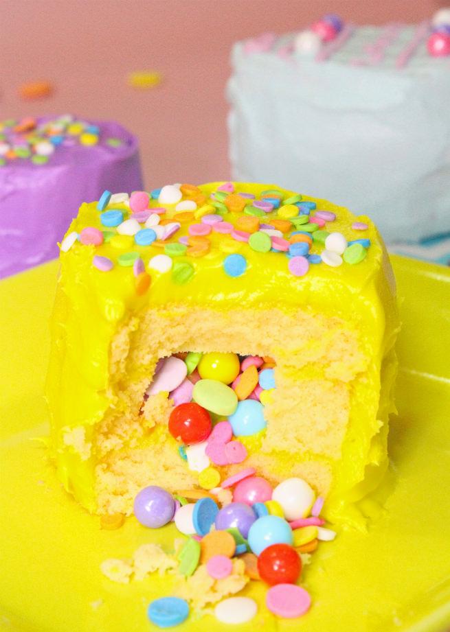 No-Bake-Mini-Easter-Egg -Pinata-Cakes